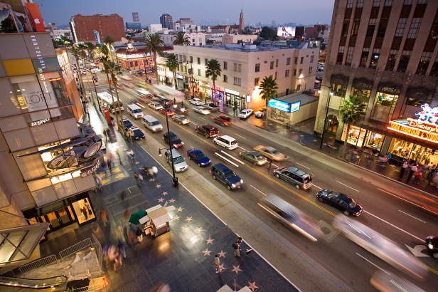 Hollywood_boulevard_from_kodak_theatre