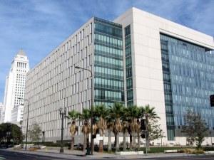 LAPD_-_Departamento_de_Policía_de_Los_Ángeles_ロサンゼルス市警察_-_panoramio